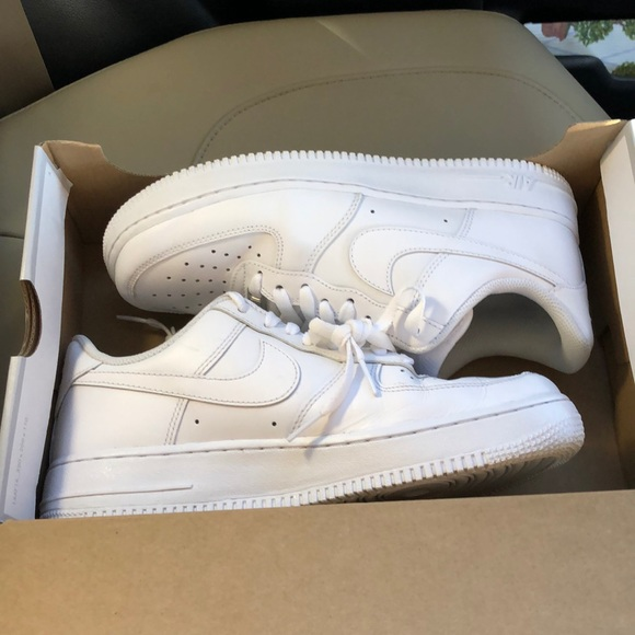 Nike Air Force 1 07 LE Low